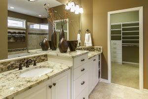15 Master Bathroom
