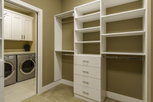15 Master Bedroom Walk-in Closet